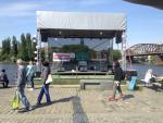 zastřešené podium,ozvučení - náplavka Praha